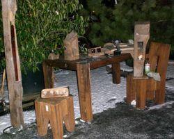 Tisch, Eichenparkett, Fachwerkbalken, Fachwerk, Tafeltisch, Eichenfachwerkbalken, Bohlentisch, alte Balken, Esstisch.