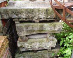 Rinnsteine, Basalt, Kanalsteine, Steine, Wasserkanal, Ablaufsteine