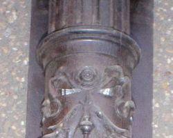 Säulen, Holzsäule, Gründerzeit, Stütze, Eiche- Kiefer, teilmassiv, Ständer, Eichensäule, Kapitell