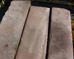 Sandstein, rote Sandsteinstufen, Stufen, Treppenstufen, Blockstufen, Sandsteinstufen