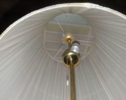 Stehlampe, Lampe, Lampenschirm