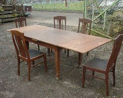 Tisch, Stuhl, Esszimmergarnitur