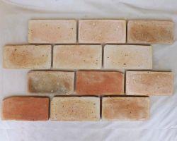 Bodenplatten Bodenziegel Bodenfliesen Backstein alte Mauersteine geschnitten Landhaus medeterran