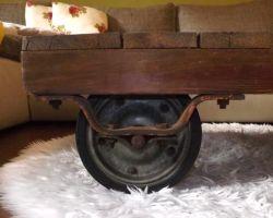 antik Fabriklook Couchtisch Holztisch handmade Unikat Recykling Möbel used look shabby Chic