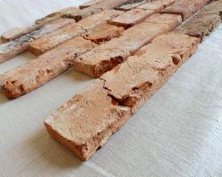 very rustikale Mosaik Antikriemchen rote Klinkerriemchen alte Ziegelwand old style Verblender Loftoptik Steinwand Wandverkleidung Wandpaneele Fliesen