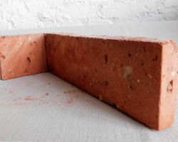 Ecksteine Eckriemchen 2. Wahl reduziert Antikriemchen Ziegelriemchen alte Mauerziegel Verblender Backstein rustikal Loftoptik Industriestyle Steinwand Wandverkleidung Ziegelwand Fliesen