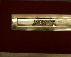 Briefkastenschlitzklappe Messing